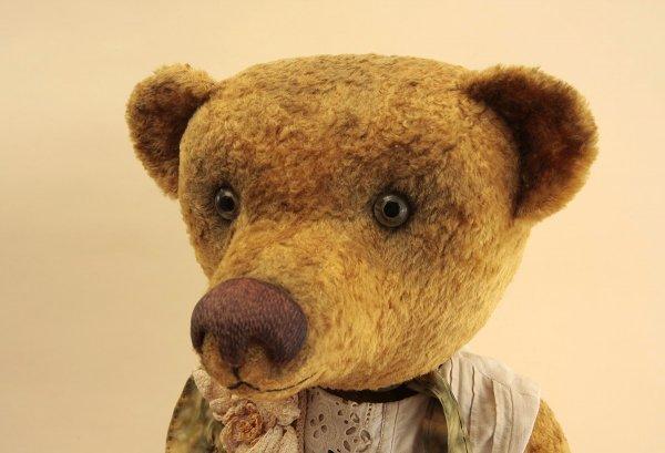 Bear girl Ophelia_1