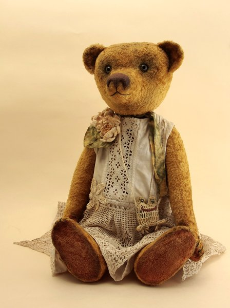Bear girl Ophelia_2