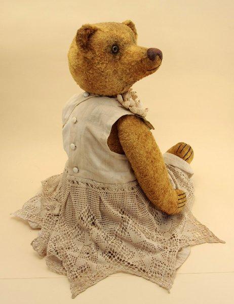 Bear girl Ophelia_9